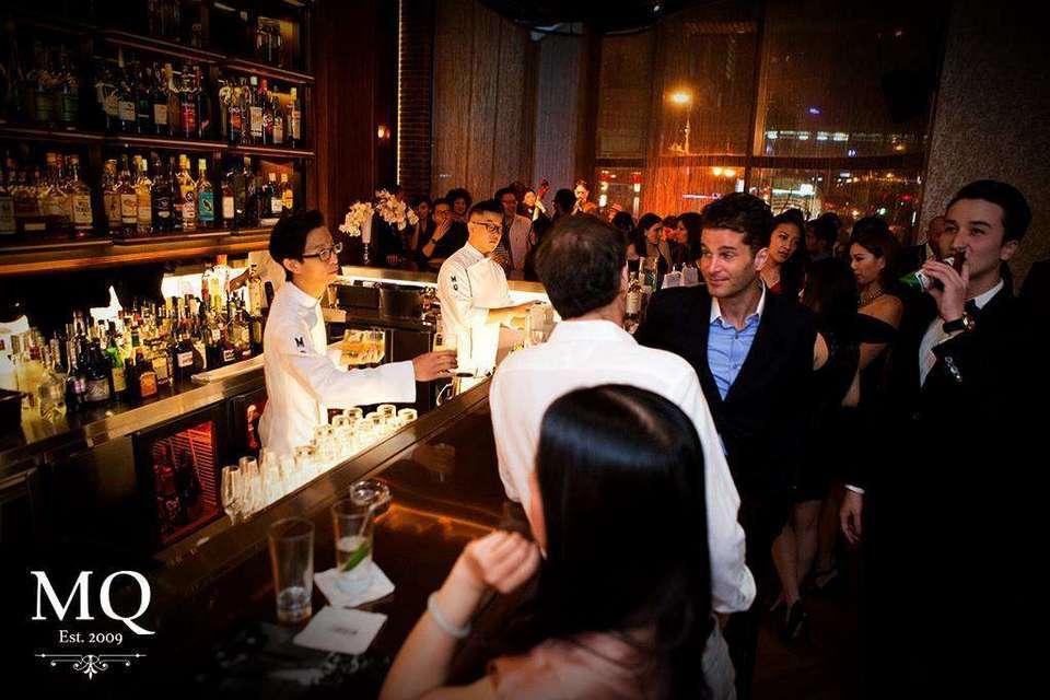 Marquee (MQ). Bar