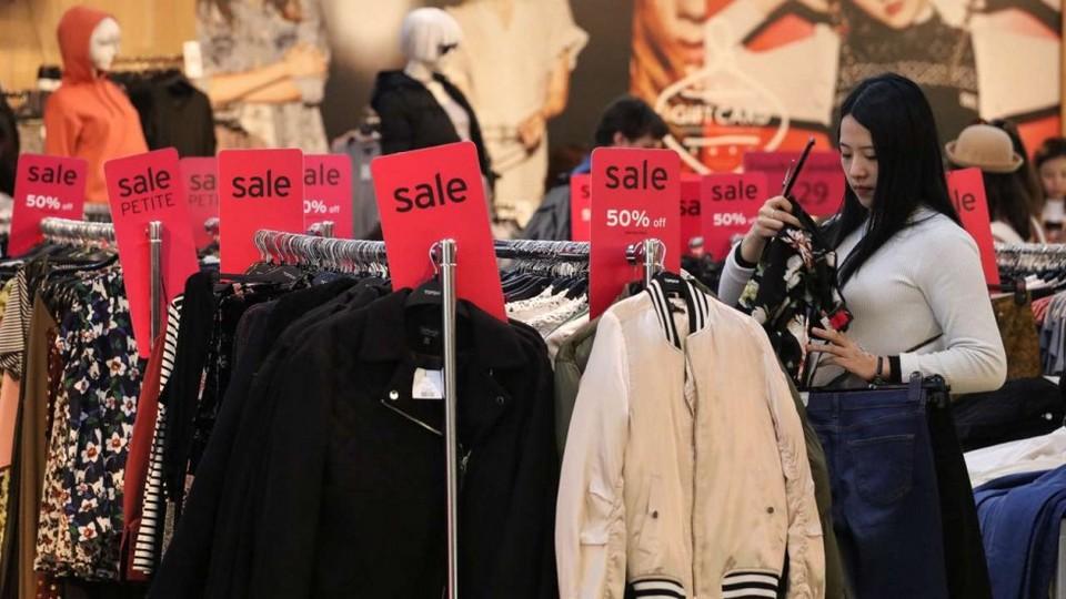 hong kong sales season