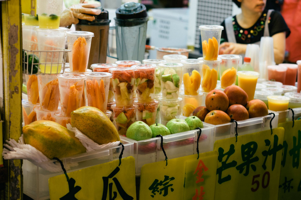 fruit stall shilin-night-market-12