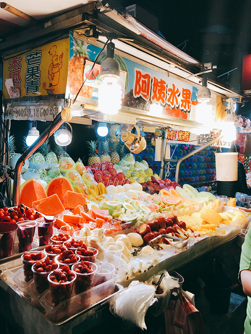 taipei fruit stall