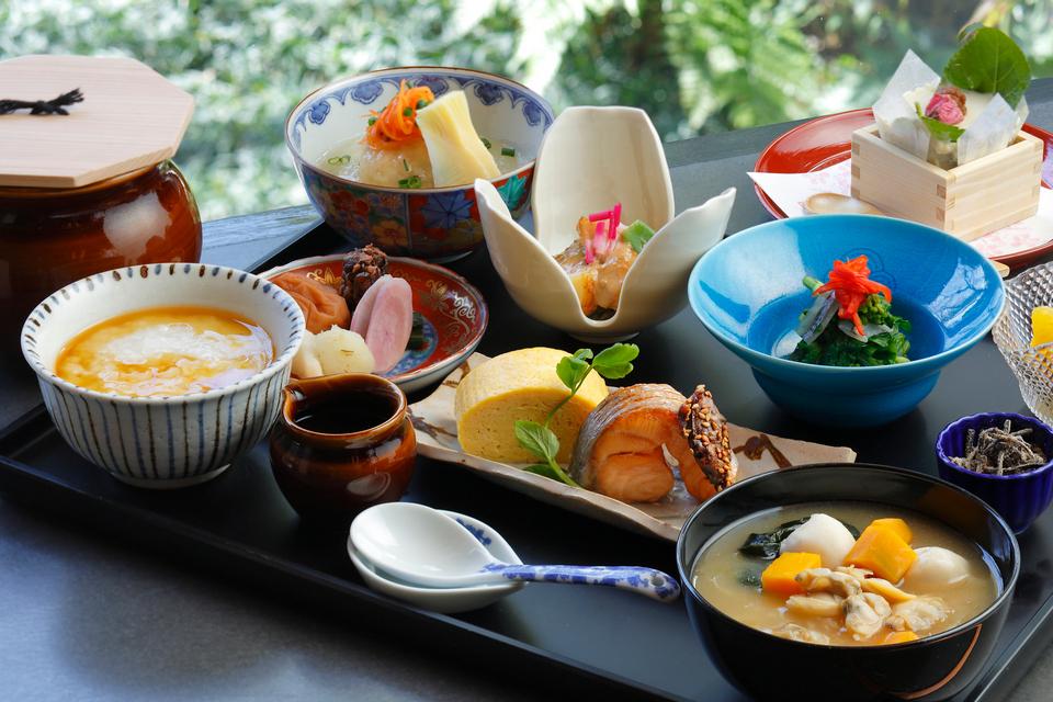 Kyoto Brighton Hotel cuisine