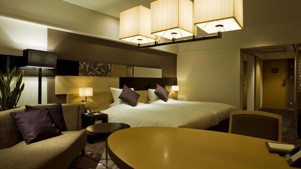 kyoto-brighton-hotel-deluxe-room