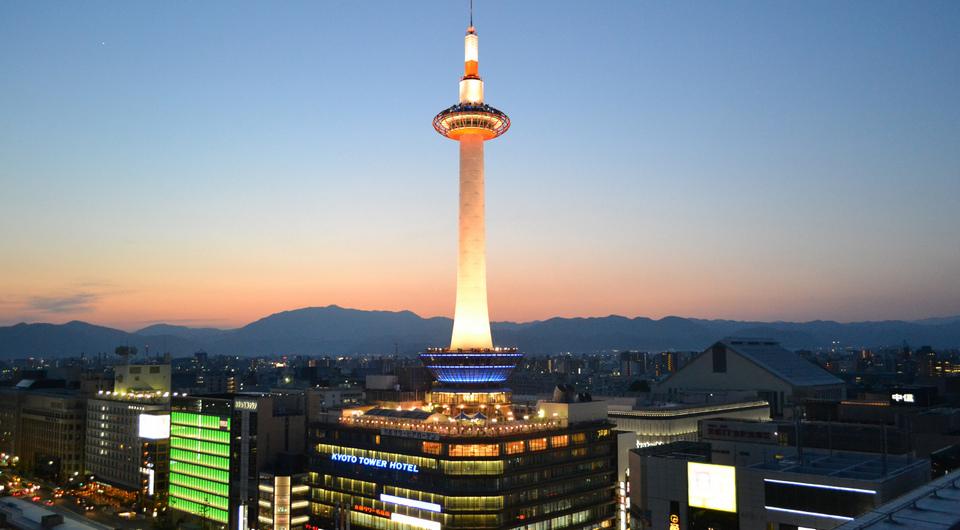 kyoto tower japan (1)