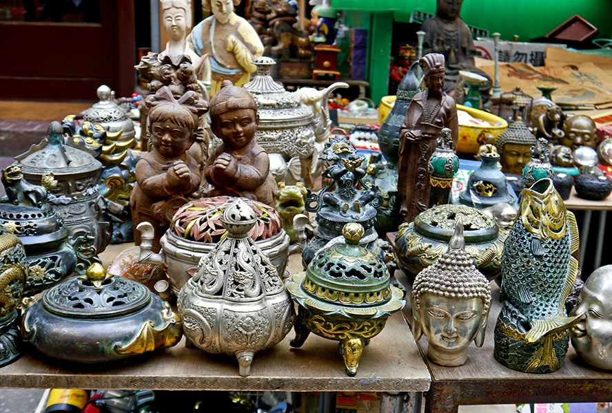 Antiques at Cat Street, Hong Kong