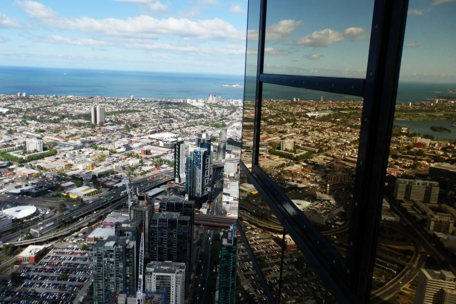 eureka tower melbourne (1)