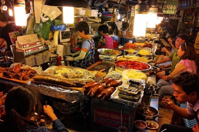 Street food in Gwangchang