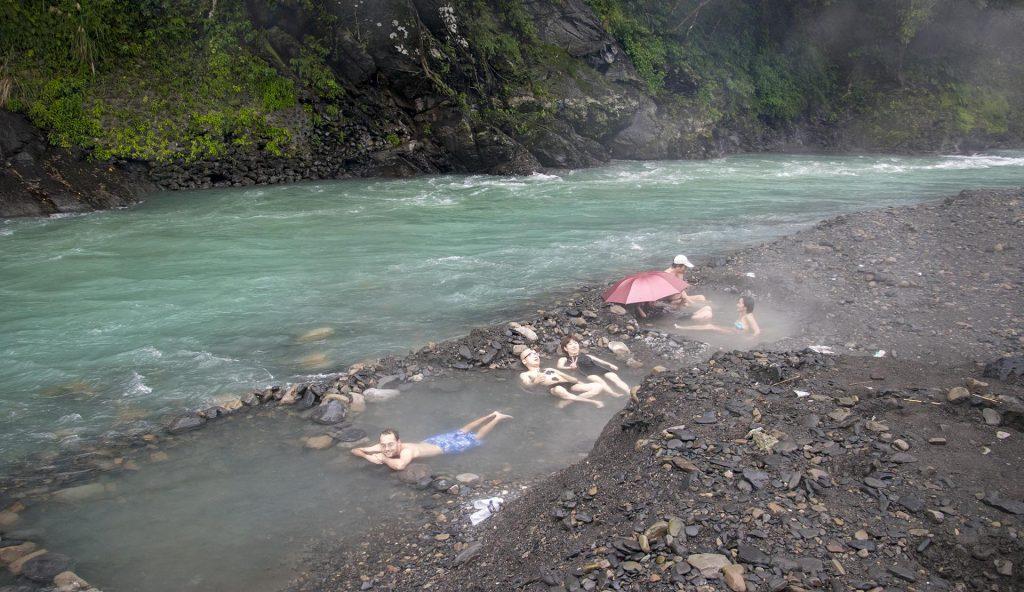 wulai hot springs