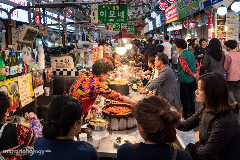 gwangjang-market-seoul-korea-1024x683