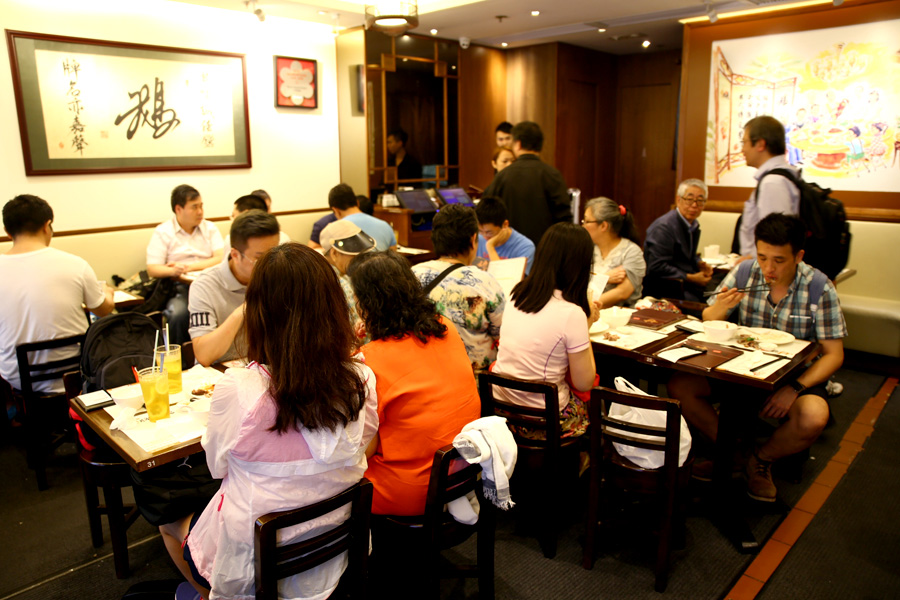 Kam's Roast Goose Hong Kong must eat places Top 6 must eat restaurants in Hong Kong (1)