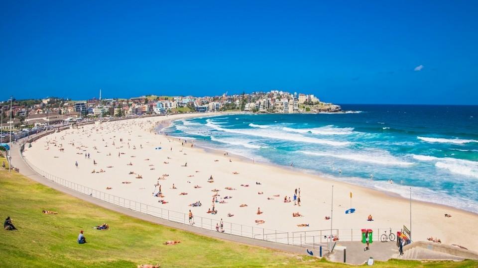 bondi-beach-australia-1520502781-1000X561