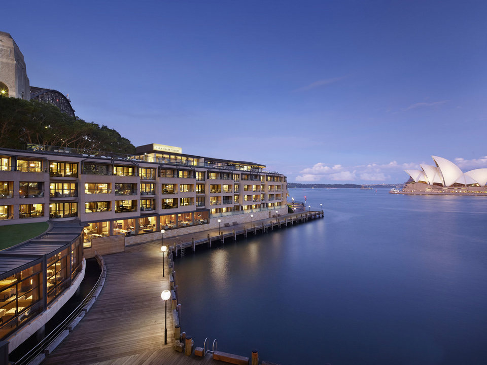 Park-Hyatt-Sydney-P079-Hotel-Exterior-with-Opera-House.4x3