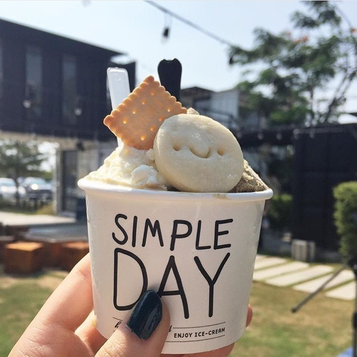 Simple Day Ice Cream, The Bloc, Bangkok, Thailand