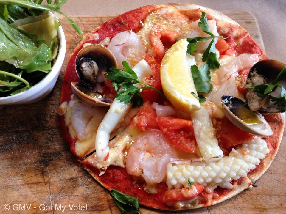 seafood pizza sydney must eat food in sydney, sydney must eat, what to eat in sydney