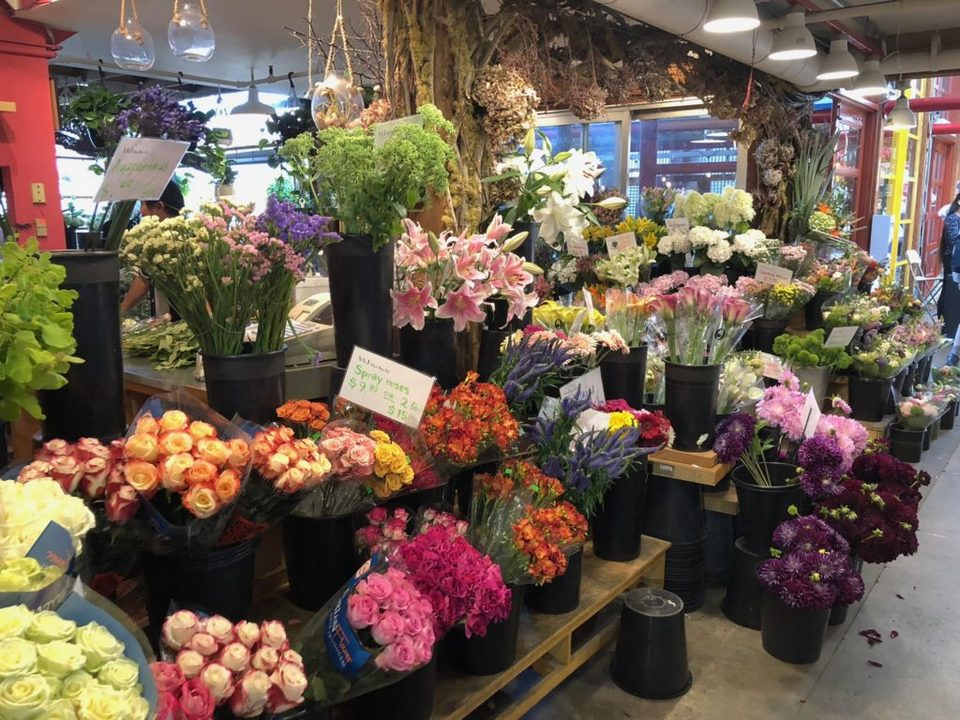 flowers at public market
