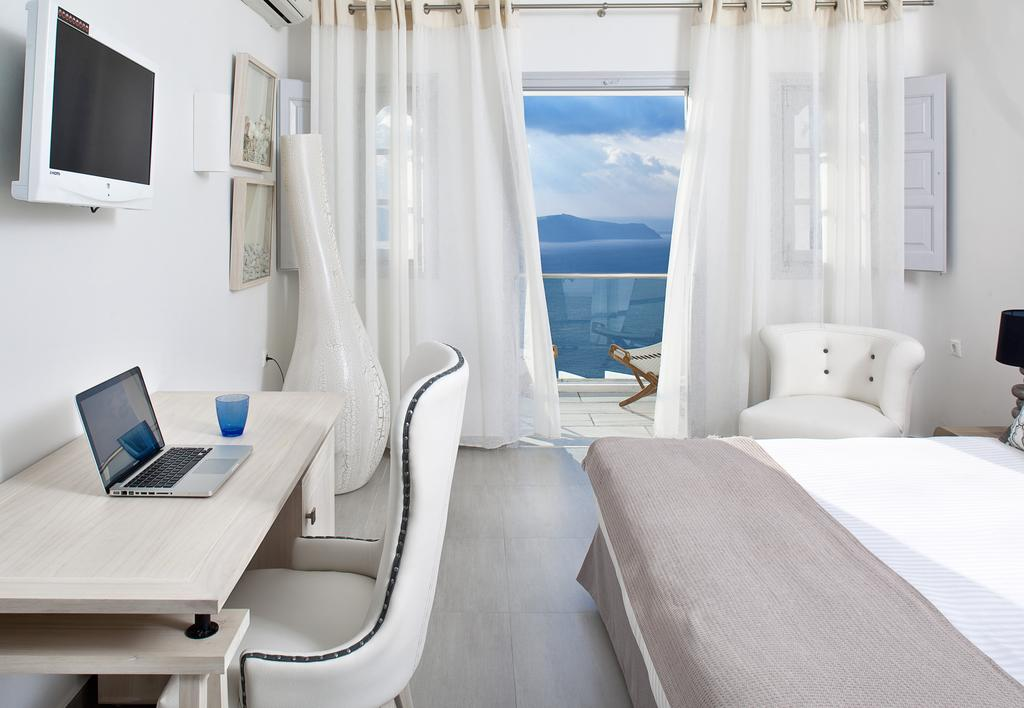 Belvedere Hotel Santorini, Firostefani