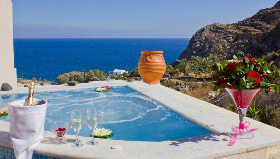 Epavlis Hotel Santorini
