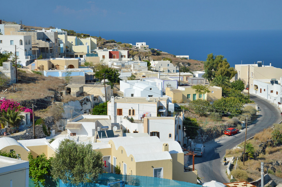 Fira Thira Santorini Credit: santorini travel blog.