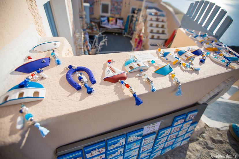 souvenirs in oia Santorini