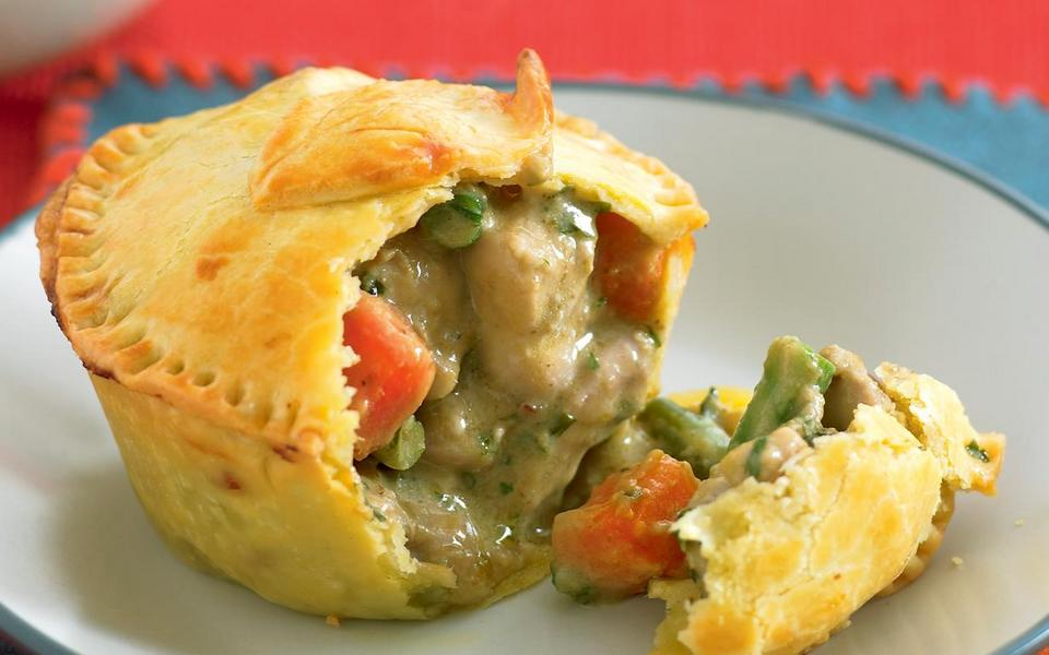 green-chicken-curry-pies sydney (1)