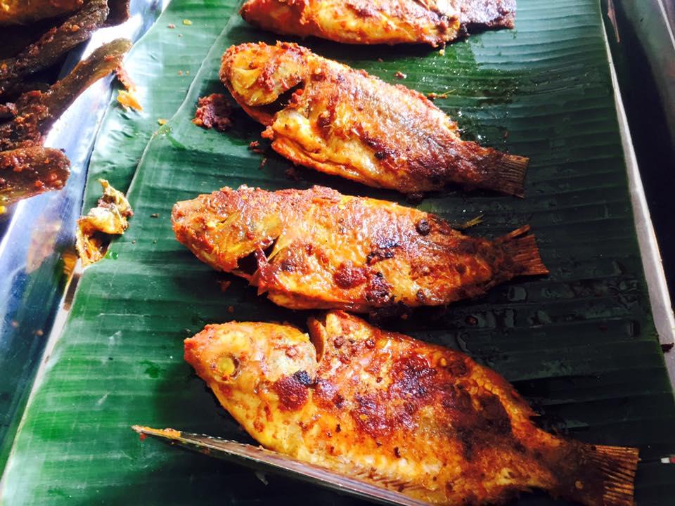 Ikan bakar (Grilled fish) kuala lumpur malaysia (1)