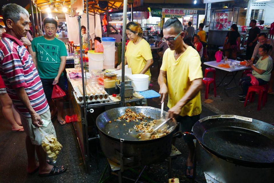 1OUG night market food kuala lumpur (1),best street food in kl, best street food in kuala lumpur, street food kl,kl street food blog,street food kuala lumpur