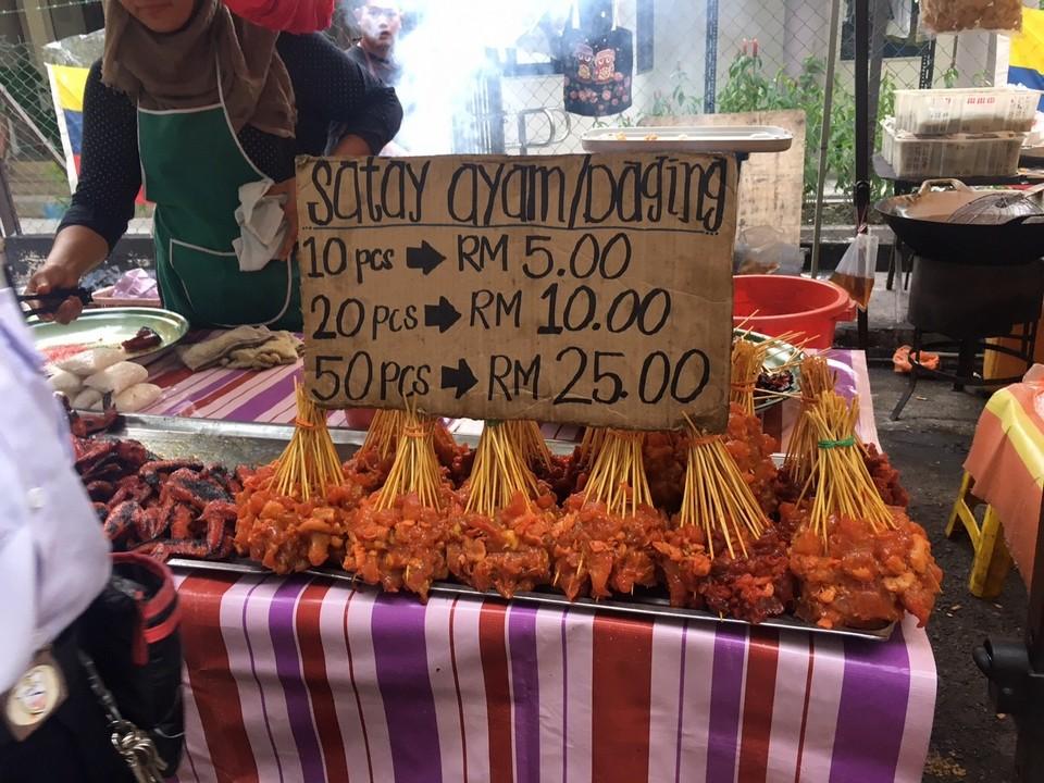 kuala-lumpurs-night-markets-pasar-malam
