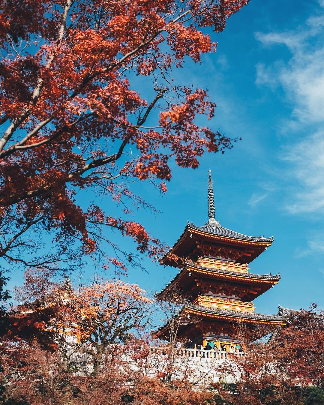 Kiyomizu-dera japan
