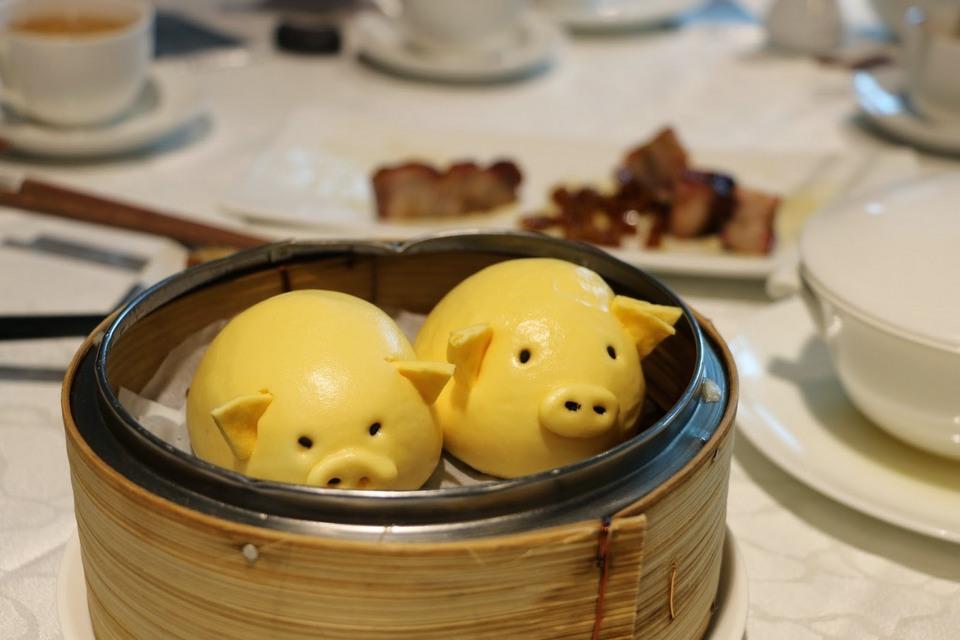Steamed potato puree bun in pig shape, Tsui Hang Village, Hong Kong