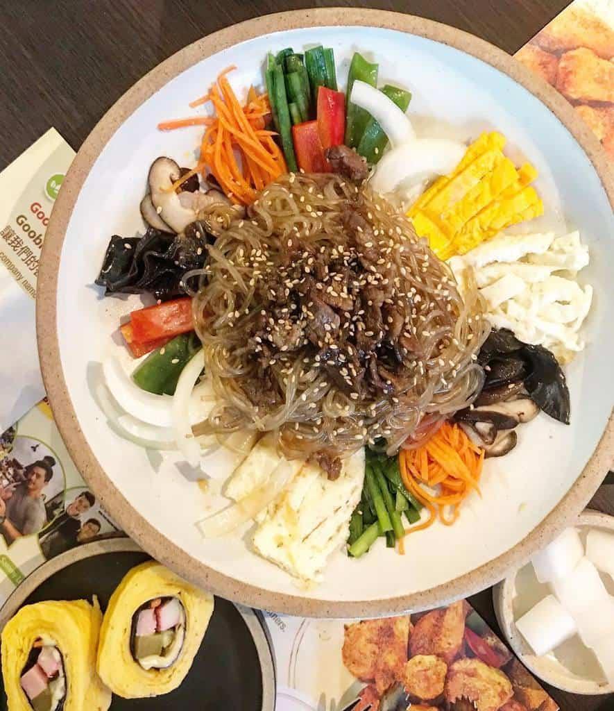 Japchae (Korean glass noodle stir-fried with vegtables) (2)