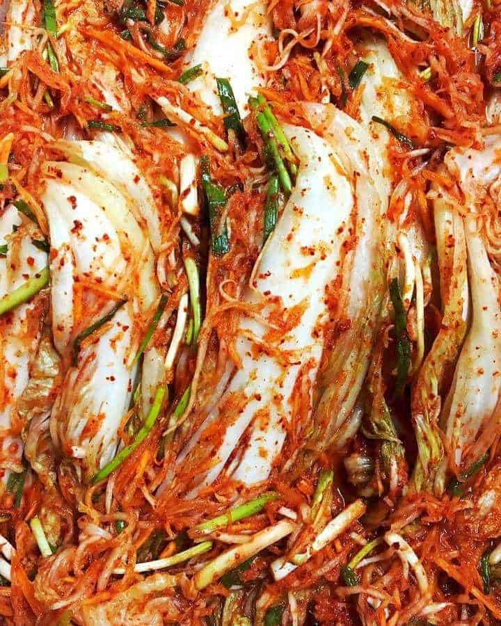 kimchi food to eat in korea, food you must eat in south korea, korean must eat food (4)