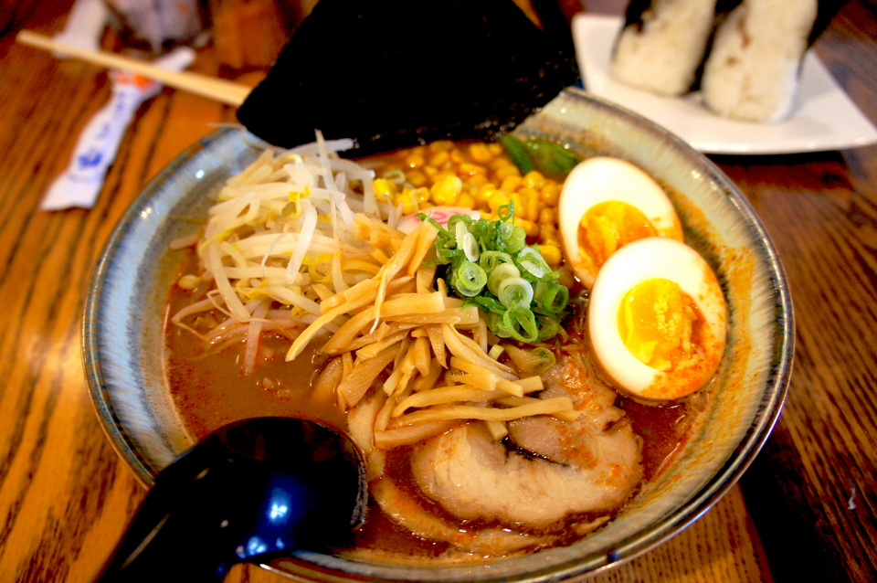 1ramen must eat in japan, must try japanese food, must try japanese food in tokyo (2)