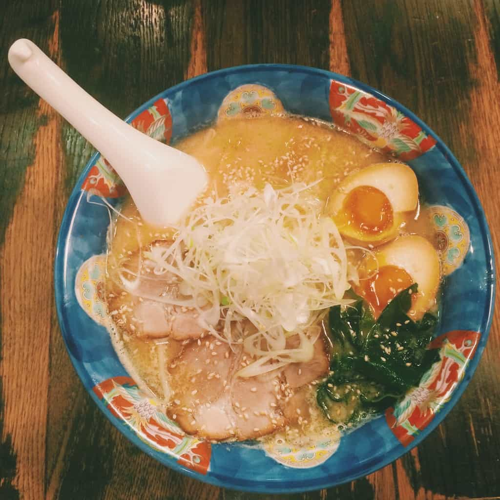 ramen must eat in japan, must try japanese food, must try japanese food in tokyo (1)