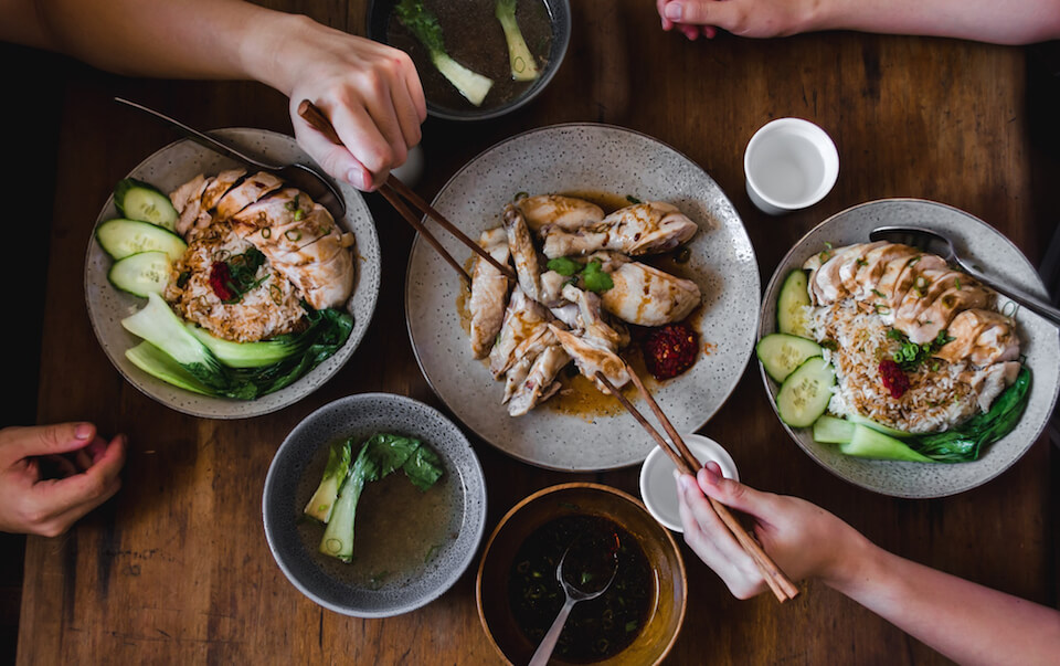 Singapore daily dishes must eat in singapore, must try food in singapore, singapore famous food, what to eat in singapore