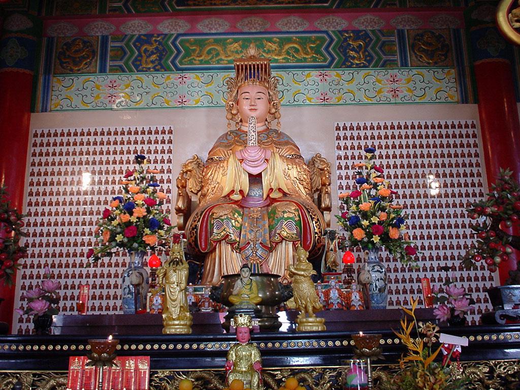 Asisbiz Kuala Lumpur Thean Hou Temple Mazu Goddess of the Sea 01 ...