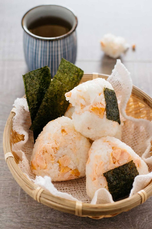 Sake-Onigiri-9