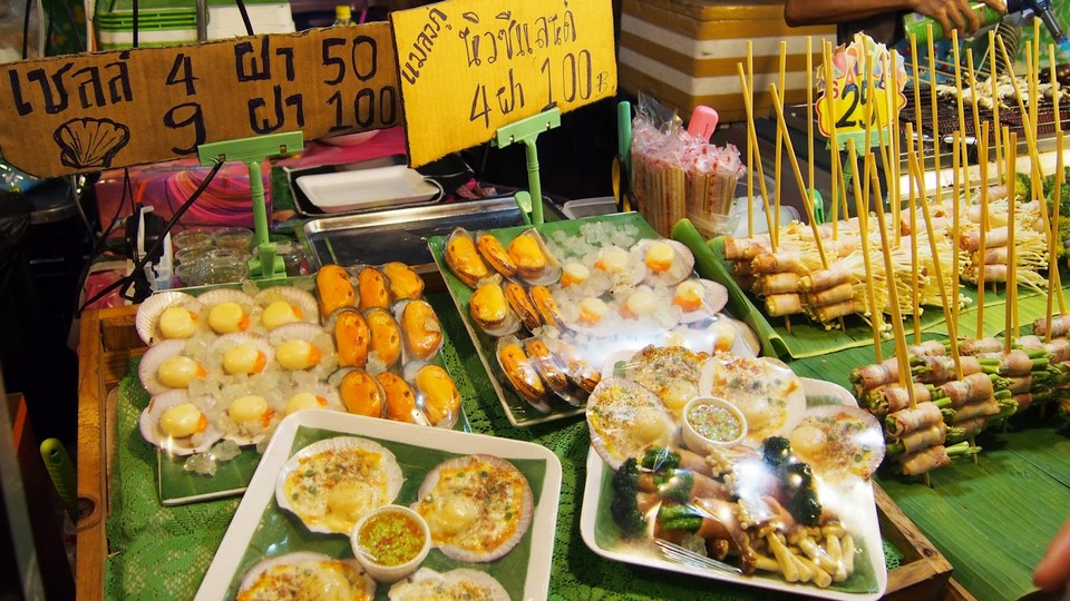 rod rot fai night market (3)