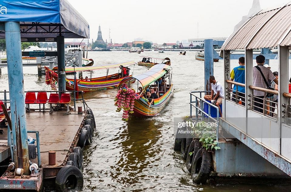 Tha Chang Pier No 9