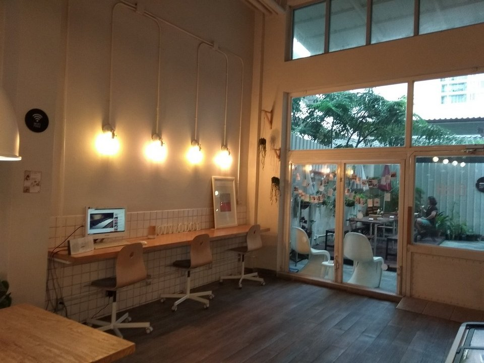Hostel MovyLodge best hostels in bangkok top hostels (1)