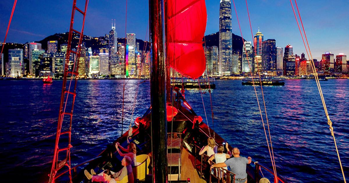 3auqualuna boat hong kong
