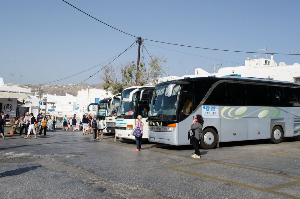 Mykonos-bus-station-1