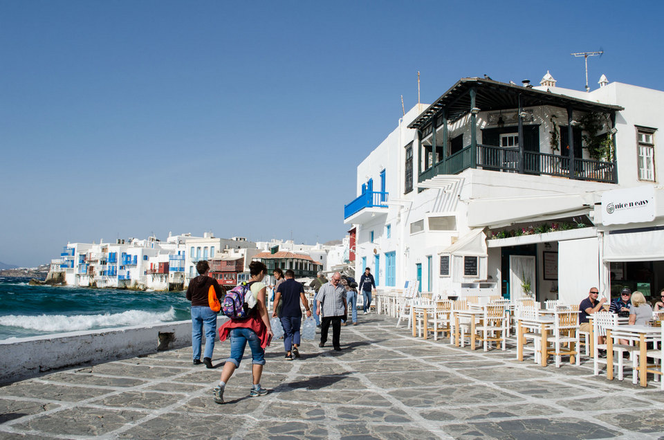 getting around Mykonos-town-nice-n-easy-2
