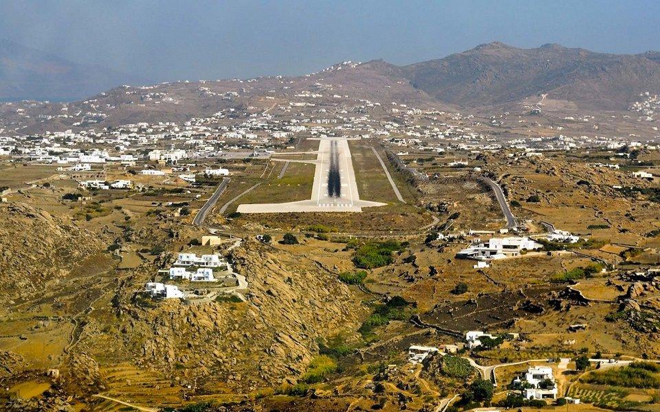 mykonos-island-greece-airport-MYKONOSAIR1117
