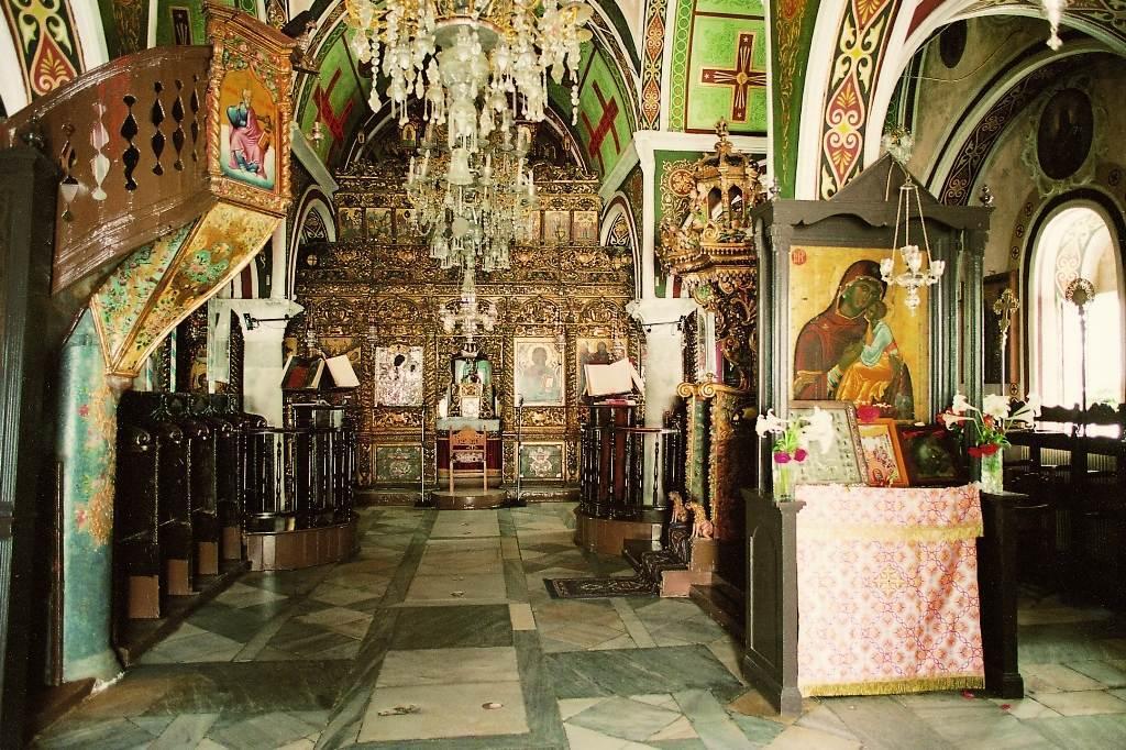 83-interior-monastery-church-ano-mera-village