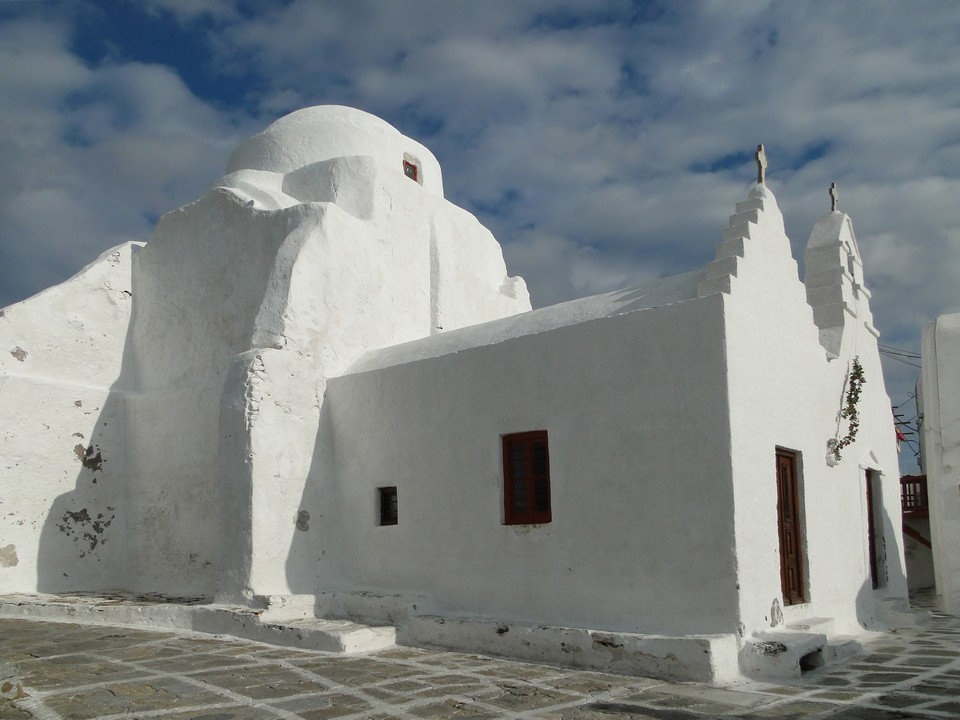 Church_of_Panagia_Paraportiani Picture: mykonos travel blog.
