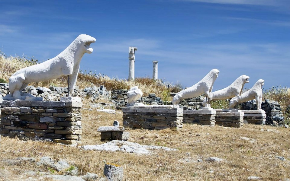 The lions statues on Delos island