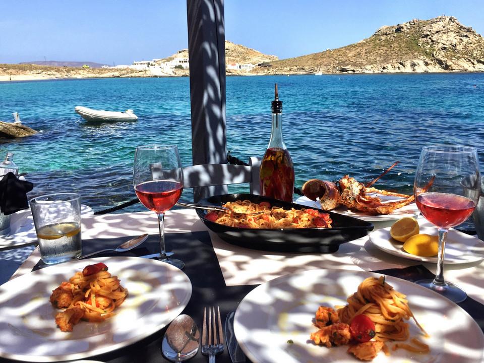 lunch in mykonos food-spilia