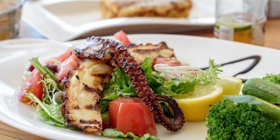 mykonos cuisine food