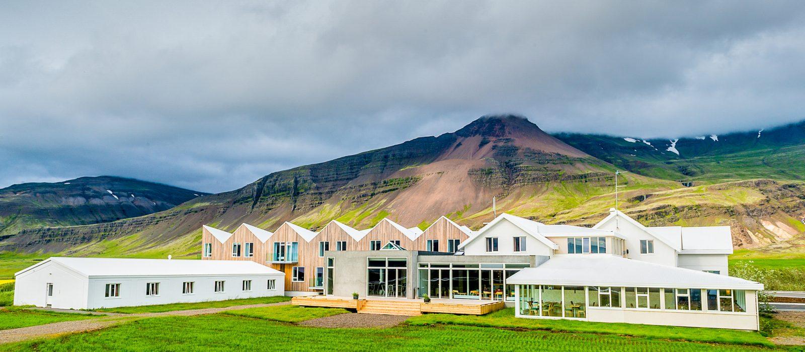 Fosshotel-Vatnajökull-Visit-Vatnajökull-6-1600x700