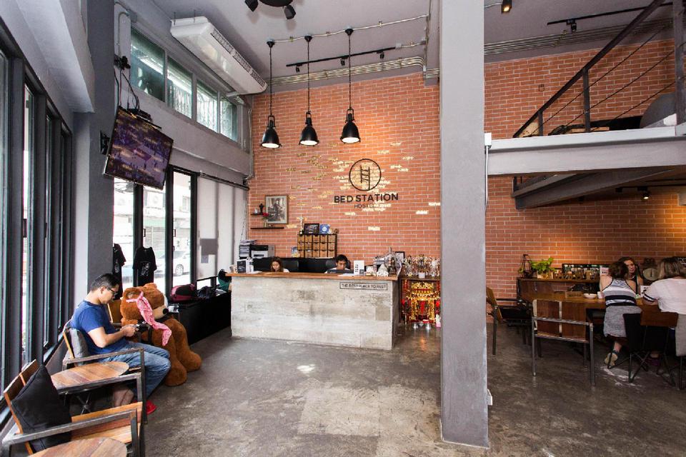 best hostels in bangkok for solo travellers