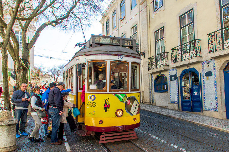 And can't but to mention about the tram of number 28 that takes you up the tiny slopes to the Bairro Alto district.